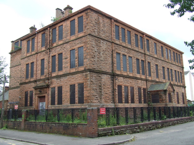Former Queen Mary Street school