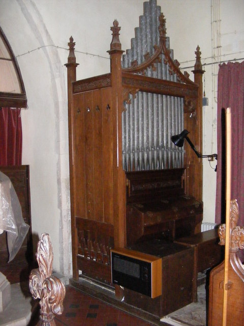 Organ of St Michael and All Angels' Church