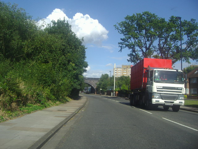 Ruislip Road East, Hanwell