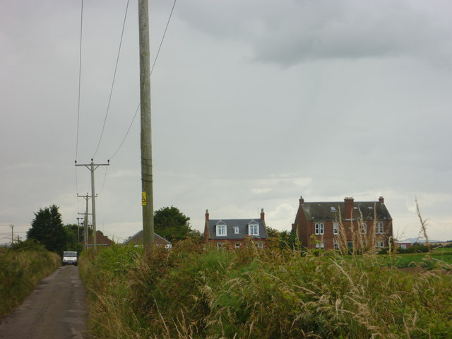 Rural East Lothian : Houses at Ferrygate (NT5384), near North Berwick