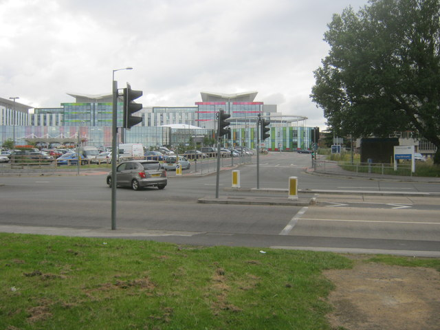 Entrance and exit for King's Mill Hospital from the A38