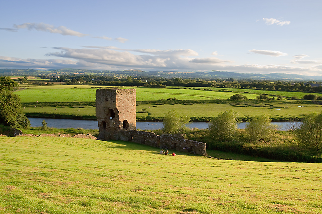 Rhuddlan Castle - river gatehouse