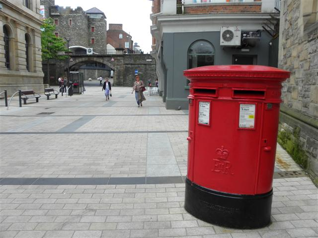 Double post box, Derry / Londonderry