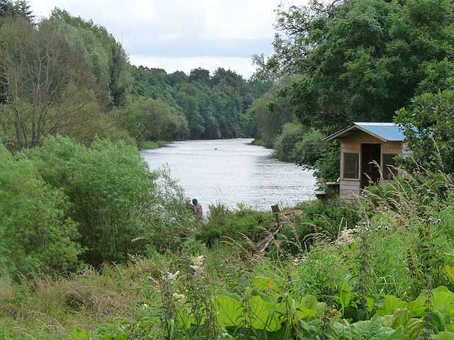 Fishing hut on the River Teviot