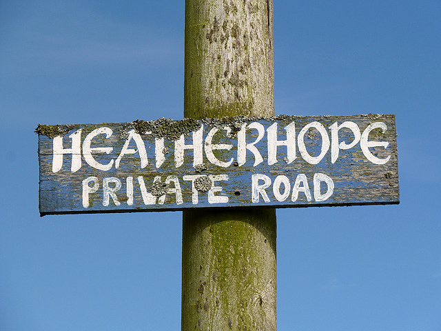 A sign for Heatherhope