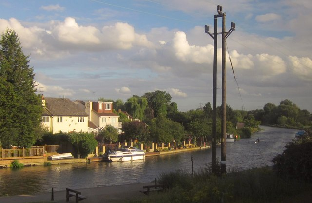 River Lea Navigation at Broxbourne