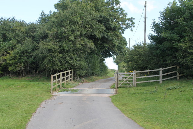 Cattle Grid on road from Driby to the A16
