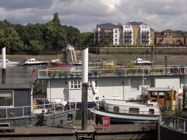Moorings at Riverside Quarter