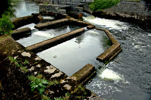 Ennis - Mill Road Bridge - River Fergus - Cascading Pools & Dams
