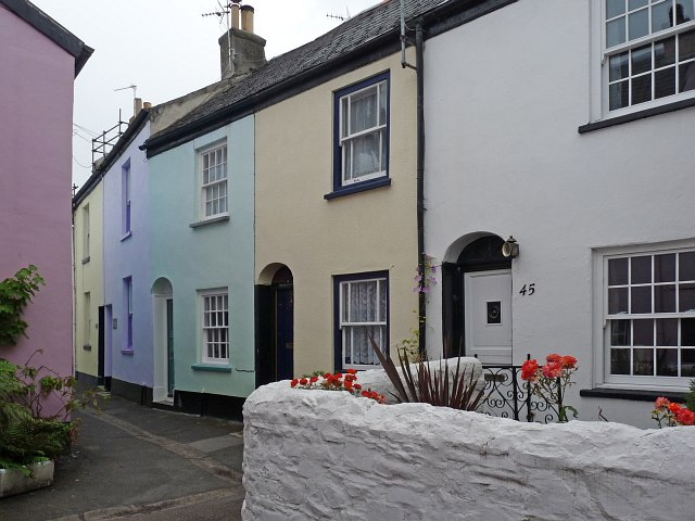 Colourful cottages, Appledore