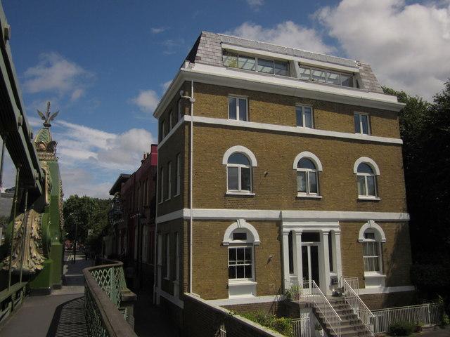 Villa, Hammersmith