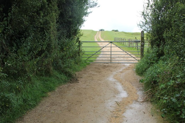 Gate onto Cleeve Hill
