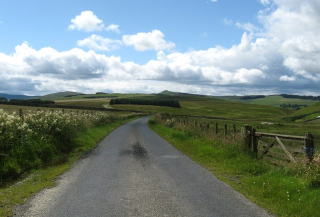 The scenic road heading away from Earlside
