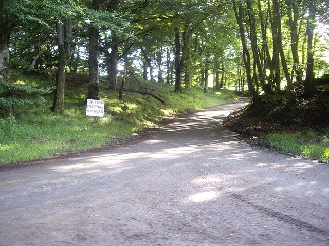 Minor road junction at Turnpike Knowe (August 2012)