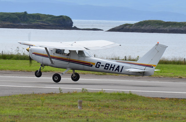 Reims leaving Oban Airport
