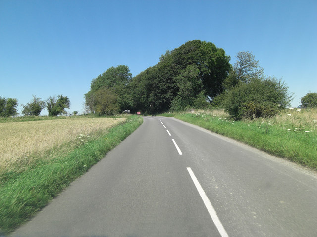 B4000 intersection with The Ridgeway