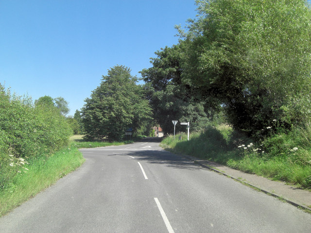B4000 (Station Road) junction with minor road