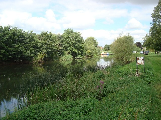 River Avon SW of Bidford upon Avon