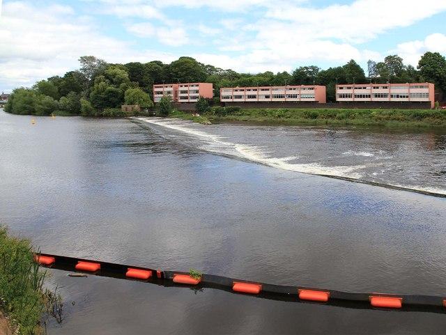 Weir, River Dee