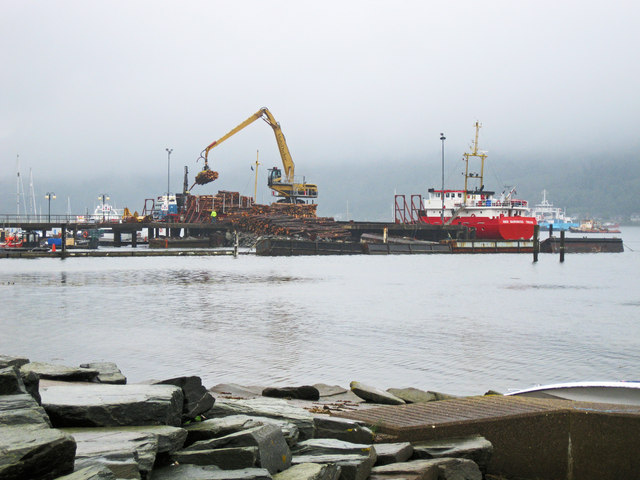 Loading timber at Holy Loch
