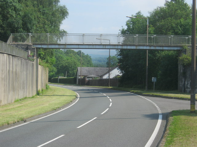 Footbridge over the A4067 at Ystradgynlais