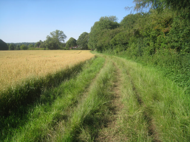 Footpath west of Oakley village