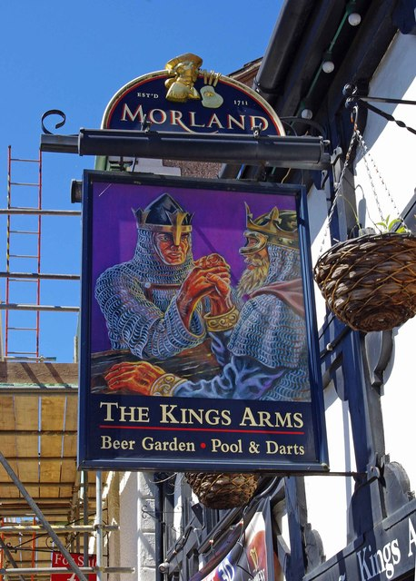 The Kings Arms (2) - sign, 39 Wallingford Street, Wantage
