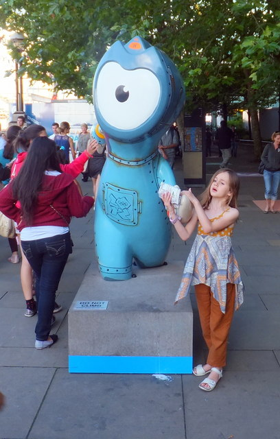 Maritime Wenlock on Thames Embankment