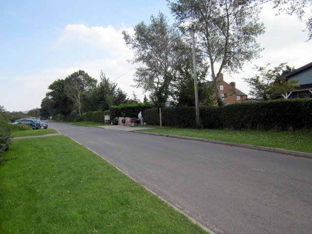 Newton Lane outside Cheshire Farm