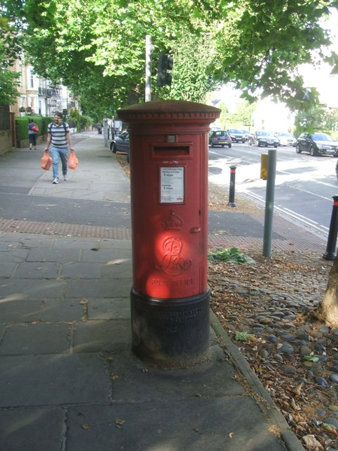 Edward VII Postbox on The Mount