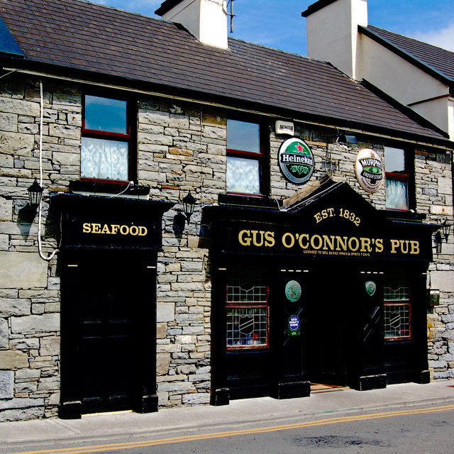 Doolin - Fisherstreet (R479) - Gus O'Connor's Pub