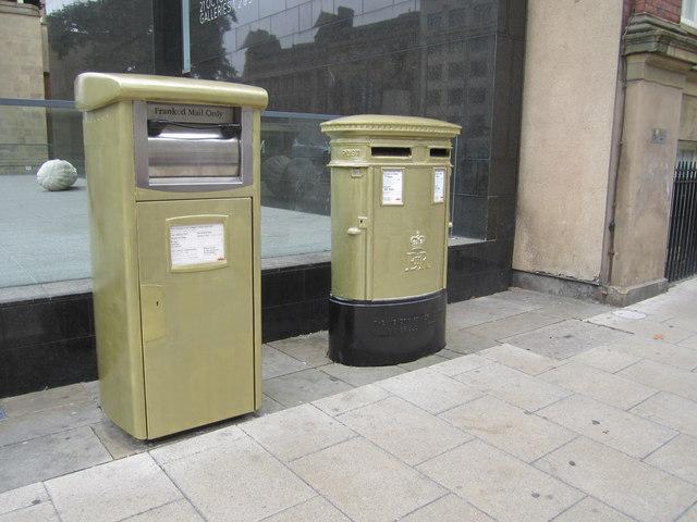 Gold Post Boxes, The Headrow / Cookridge Street, Leeds (1)