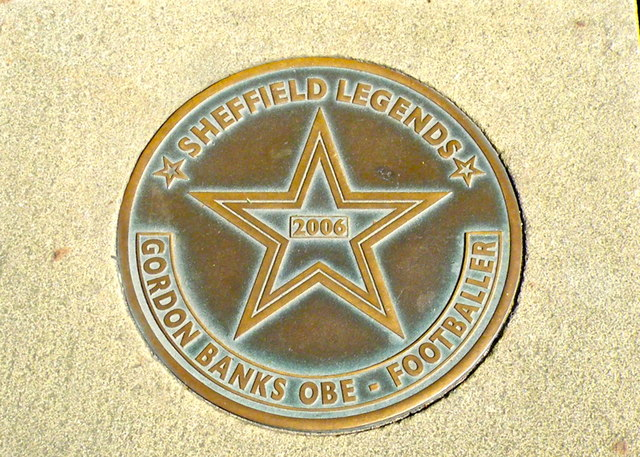 Photo of Gordon Banks bronze plaque