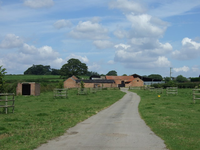 Track to Barn Farm