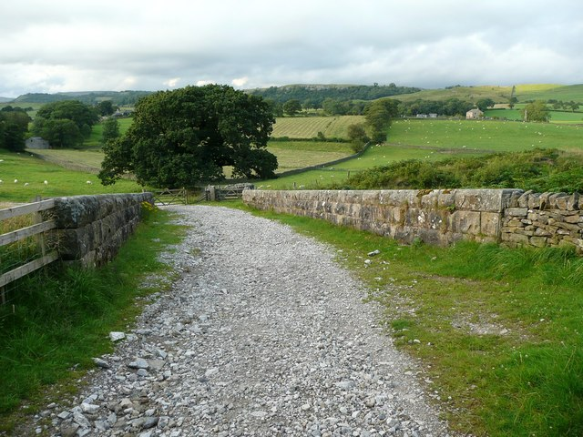 Lane on railway bridge