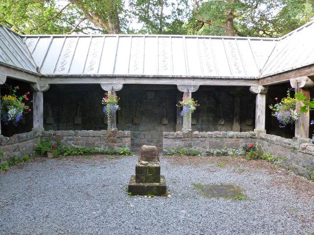 Cloister Garth, St Conan's Kirk, Lochawe