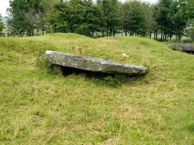 Minninglow Cist (dolmen 1)