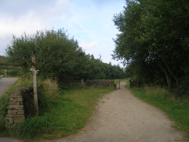 Pennine Way/TranPennine Trail at Torside
