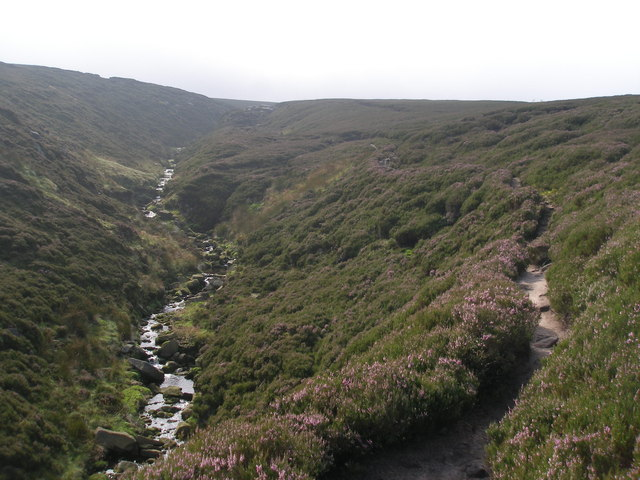 Pennine Way below Torside Castle