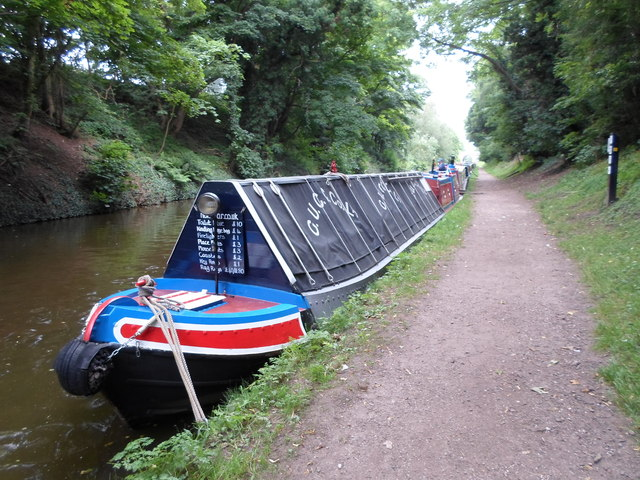 Working Narrow Boat Hadar moored at Brewood