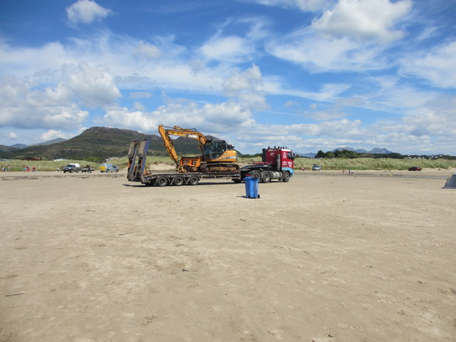 Delivering an excavator to Morfa Bychan beach