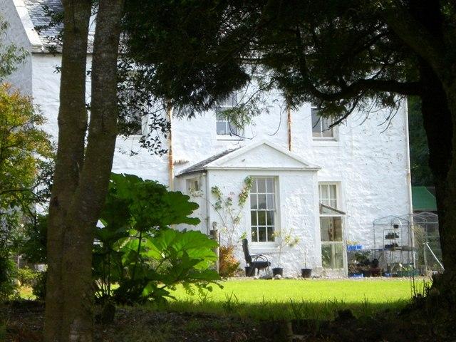 Glenralloch House