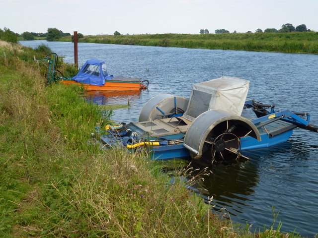 Unusual craft on The River Welland near Crowland