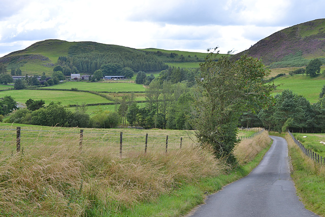 Minor road heading up the Dulas valley