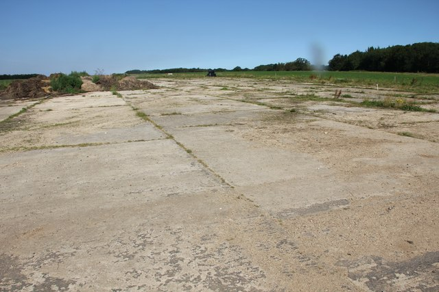 Disused airstrip, Chedworth airfield