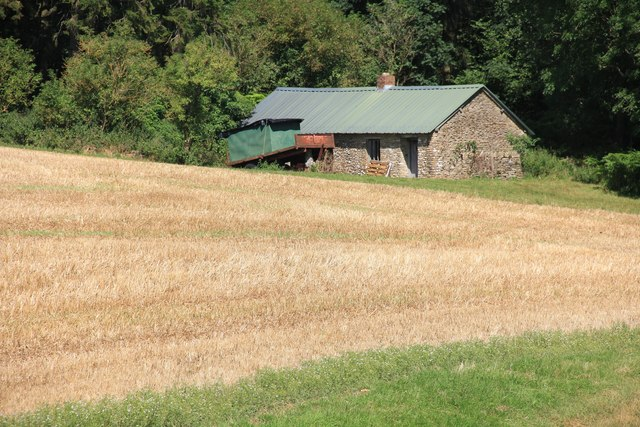 Farm building on the southern perimeter of Chedworth Woods