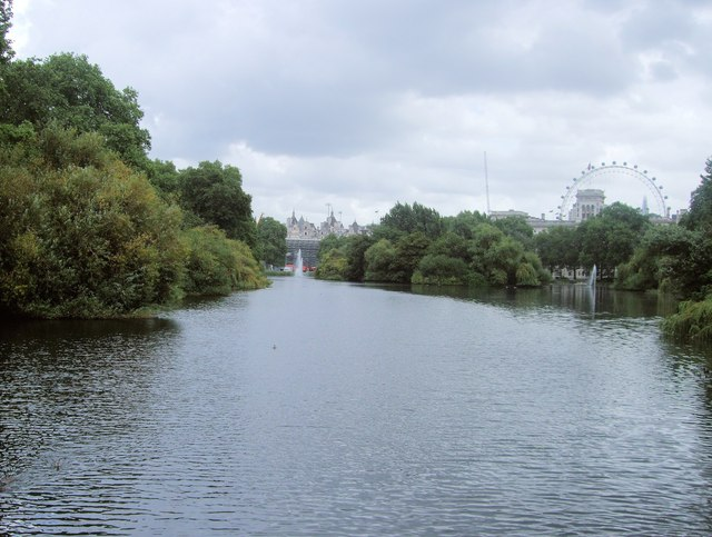 St James Park Lake