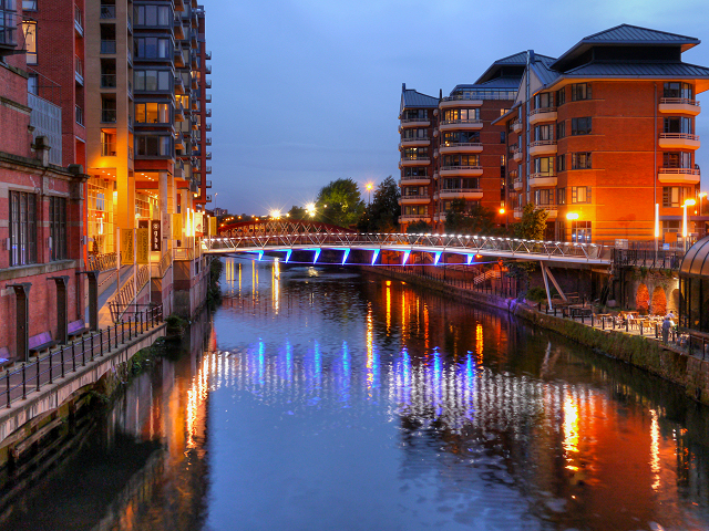 River Irwell, Spinningfields Footbridge