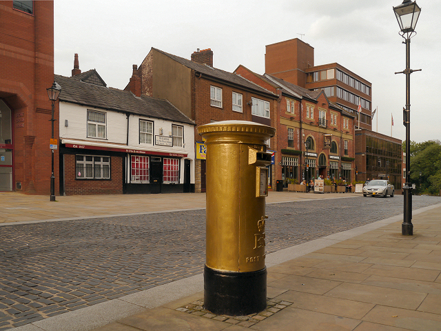 Gold Post Box, Churchgate