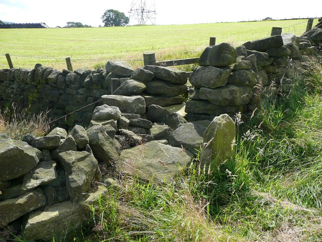 Stile on Sowerby Bridge FP133